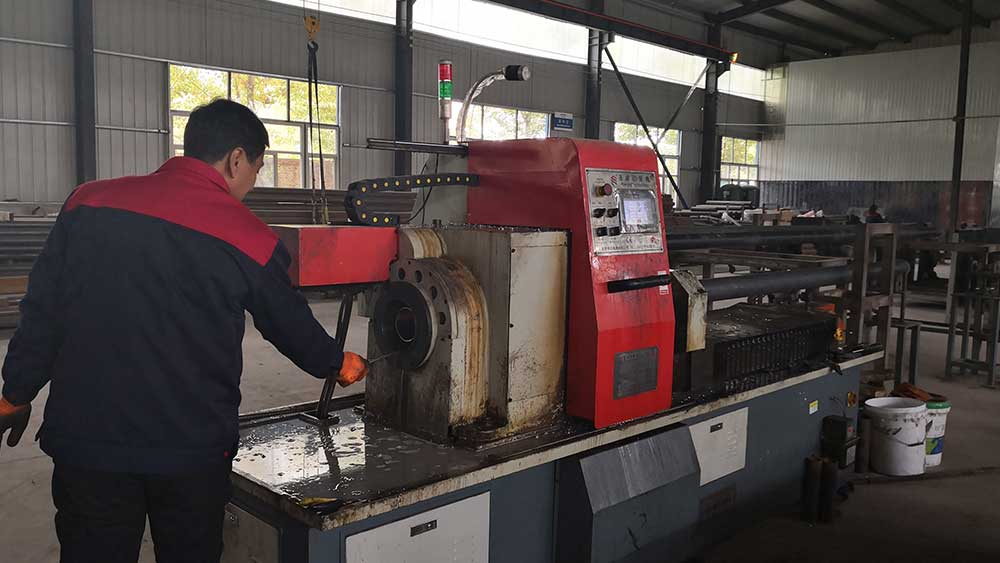 conveyor idler roller machine